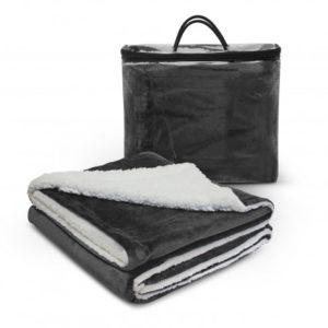 Oslo Luxury Blanket